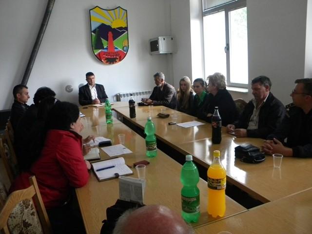 Средба на невладините организации од Пехчево со градоначалникот