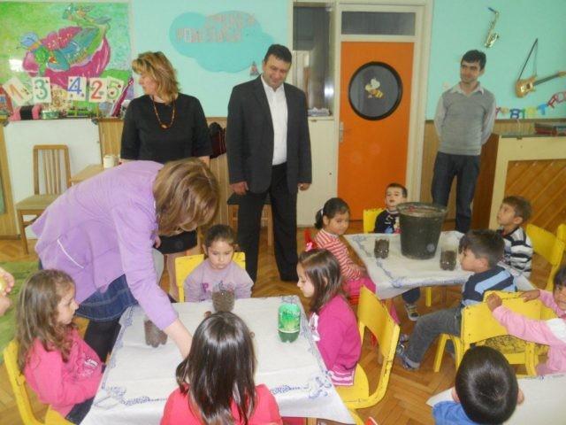 Образовните институции од општина Пехчево ја спроведоа акцијата ,, Садница плус ''