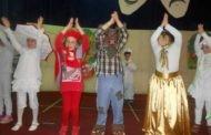 Радост, насмевки и многу песна на денот на шегата во Пехчево