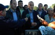 Заменик министерот Костадиновски во посета на сточарите во Пехчево