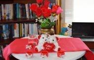 """По повод денот на вљубените во библиотеката """"Кочо Рацин"""" се одржа литературно читање"""