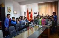 Учениците од четврто одделение во посета на локалната самоуправа