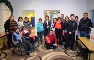 Новогодишни пакетчиња од градоначалникот Тренчовски за децата со посебни потреби