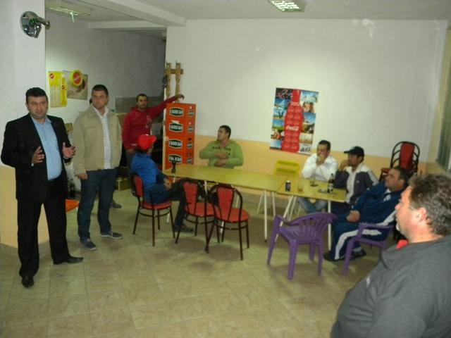 Градоначалникот на Општина Пехчево, Игор Поповски, ја продолжи добрата практика за средба со жителите, имајќи во предвид дека токму таму е изворот на информации за проблемите на жителите на општината.