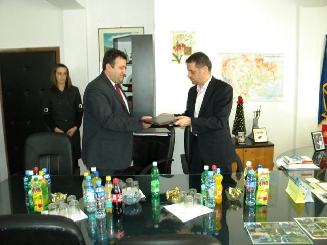 Денеска во работна посета на Пехчево престојуваа вицепремиерот и министер за финансии, Зоран Ставревски и директорката на Светска банка за Македонија Малгоржата Маркиевиќ - Богов.
