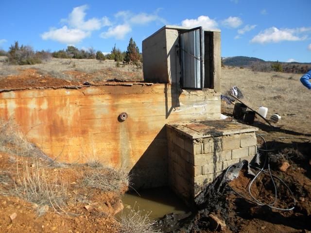 Градоначалникот на општина Пехчево Игор Поповски денеска извршија увид на градежните активности на започнувањето на реконструкцијата на резервоарот за вода во село Спиково во близина на Пехчево. Со реконструкцијата на овој резервоар ќе се надмине проблемот со водоснабдување на околу 100 жители на ова село кои гравитираат секојдневно од Пехчево до селото.