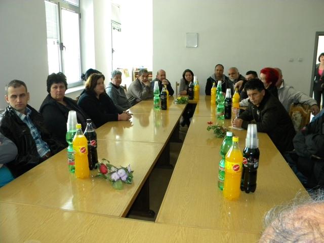 Вчера градоначалникот на Општина Пехчево Игор Поповски оствари средба со бизнис секторот од општината. Во салата за состаноци во општина Пехчево, градоначалникот Поповски оствари средба со бизнис секторот на Пехчево.