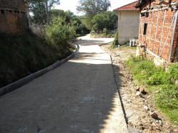 Со засилено темпо се подновуваат улиците низ населените места.