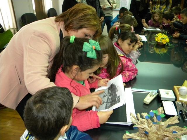 По повод светска недела на детето која традиционално се одбележува првата недела од месец октомври, прием на децата организираше градоначалникот Поповски.