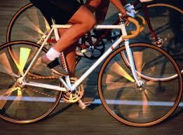 Во согласност со акцискиот план за промоција и поддршка на велосипедизмот за зголемување на нивото на вклученост на учениците во системот на натпревари и спортски активности, општина Пехчево во соработка со ООУ ,,Ванчо Китанов,, - Пехчево и училишниот спортски клуб Ванчо Китанов на ден 14.10.2014 година (вторник) во периодот од 14:00 до 15:00 часот организира велосипедска трка.