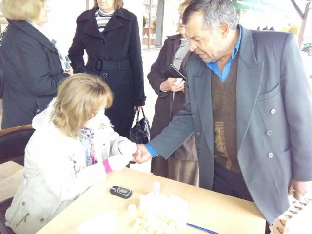 Општина Пехчево во соработка со Министерството за внатрешни работи, Министерството за здравство, Министерството за образование и наука и Црвен Крст, и оваа година го одбележа Светскиот ден на сеќавање на жртвите во сообраќајни несреќи.