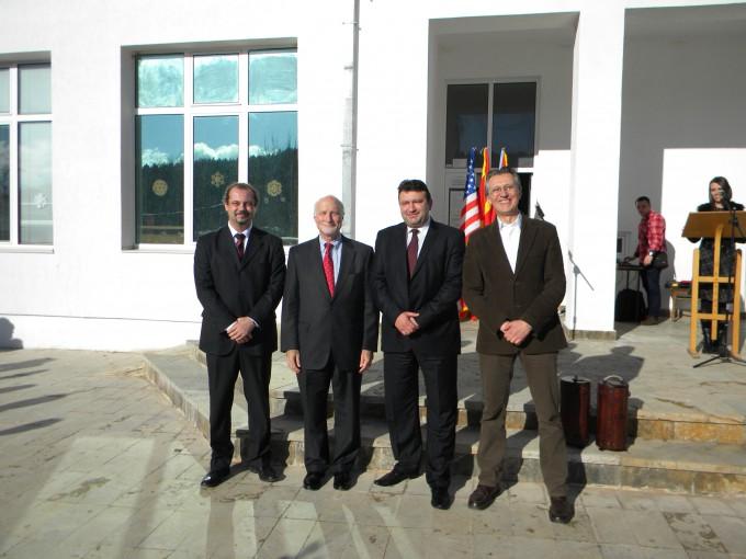 Директорот на Мисијата на УСАИД, Џејмс Стан денес беше во посета на општина Пехчево.