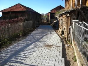 Во рамките на тековните активности, предвидени со годишната програма на градоначалникот и локалната самоуправа, интензивно се работи на остварување на активностите за подобрување на патната инфраструктура во градот Пехчево.