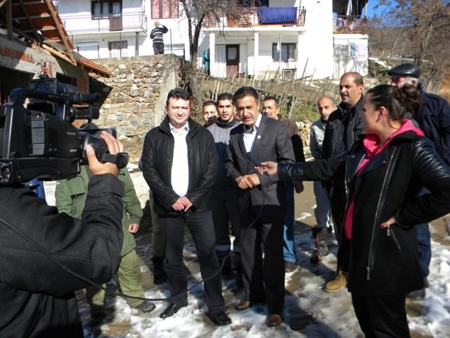 Министерот без ресор Неждет Мустафа денеска престојуваше во работна посета на општина Пехчево, каде оствари средба со градоначалникот Игор Поповски, на која главна тема беше реализацијата на проекти во областа на инфраструктурата.