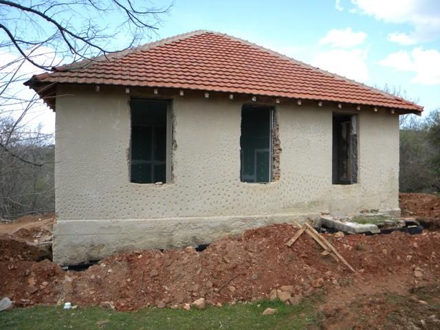 До крајот на месецов ќе завршат градежните работи за реконструкција на старата училишна зграда во пехчевското село Негрево која треба да прерасне во едукативен центар за зачувување на природата во Брегалничкиот регион.