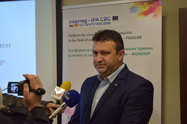Со проект финансиран од Ипа програмата за прекугранична соработка Пехчево и Брезница од соседна Бугарија заедно ќе работат на развој на фестивалскиот туризам.
