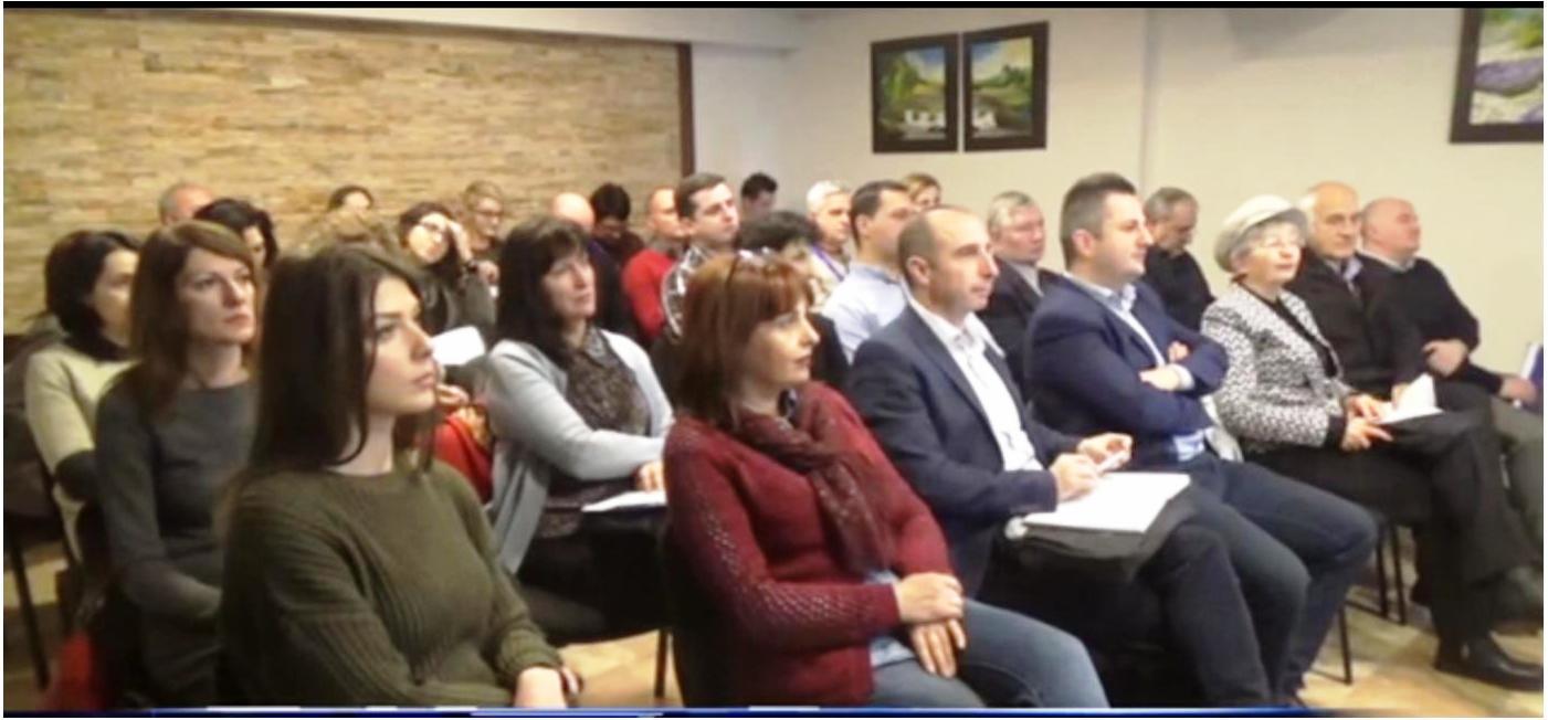 """Во рамки на проектот """"Заедничка интегрирана политика за нискојаглеродна економија во прекуграничниот регион"""" вчера во Пехчево во хотел Гогов се одржа завршна конференција."""