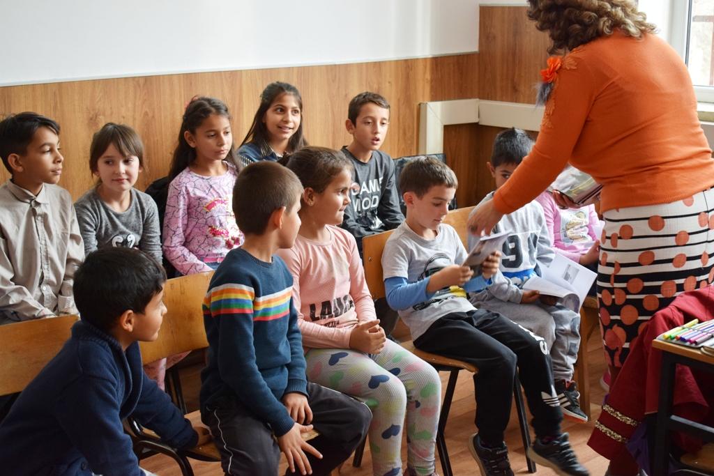 Деца посета с.Црник1