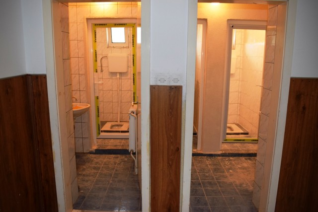 Школа Црник тоалети